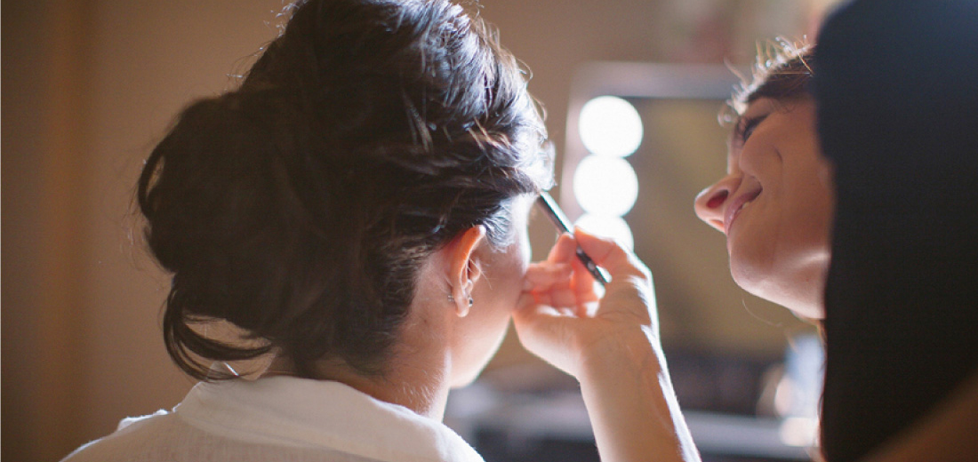 bridal-stylist-tools-make-up-artist-image-cosultant-how-to-color-theory-harmony-academy-courses-mirrors-tools