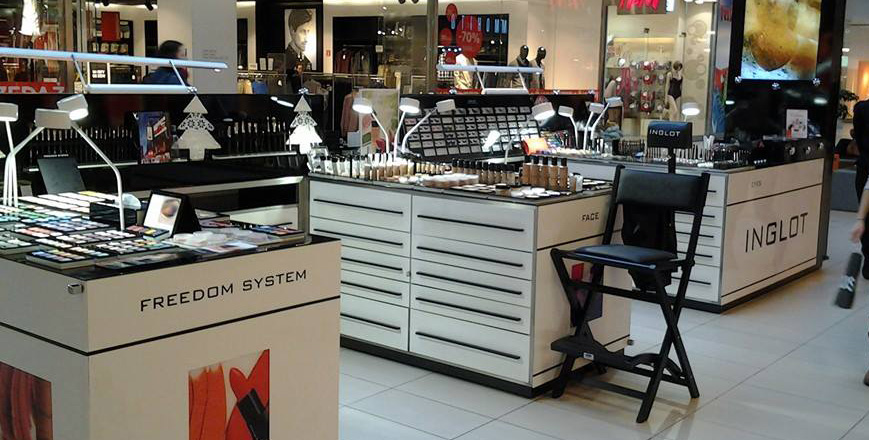 Beauty S Equipment Makeup Station
