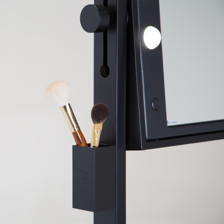 Accessories for makeup rolling table