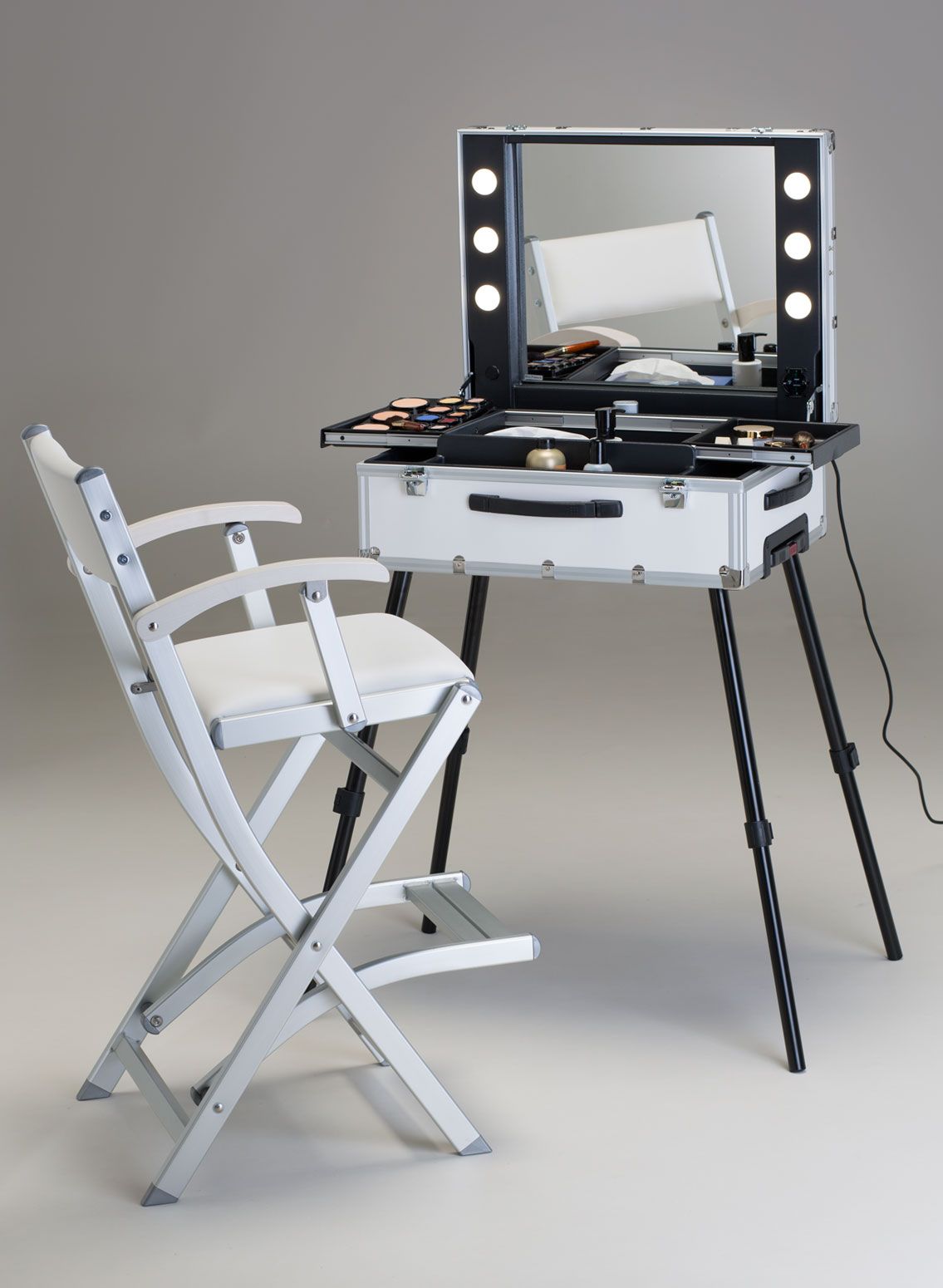 Frozenwhite makeup station Cantoni with trolley makeup case with lights and makeup chair foldable